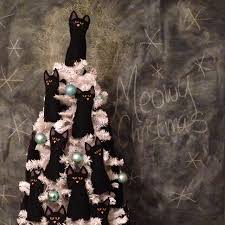 FREE PATTERN The Crazy Cat Lady Christmas Tree
