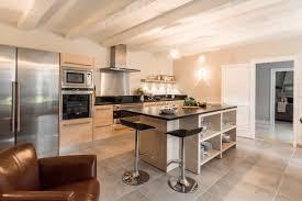 cuisine bois et cuisine bois et inox ménager