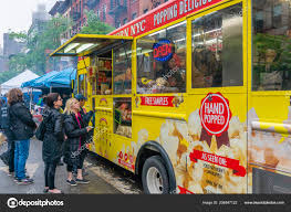 Food Truck In New York City – Stock Editorial Photo © Ymgerman ...