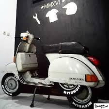 Vespa Classic PX 150 E