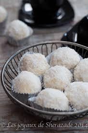 gâteau boules de neige à la noix de coco