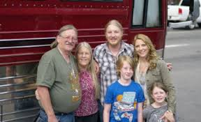 100 Derek Trucks Wife Tedeschi Band Family Vacation As Rockin Road Trip Plays