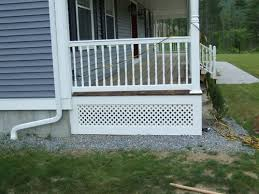 Metal Deck Skirting Ideas by Best 25 Porch Lattice Ideas On Pinterest Deck Skirting Lattice