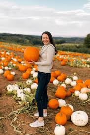 Pumpkin Picking In Ct by Picking The Perfect Pumpkin The College Prepster