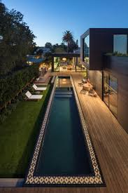 Tour Luxury Homes In Los Angeles During