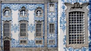 portugal porto10 iconic blue and white ceramic tiles