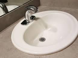 waschbecken reinigen mit dieser anleitung wird es wieder