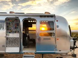 100 Antique Airstream How A Family Of Six Live And Travel Full Time In A Vintage