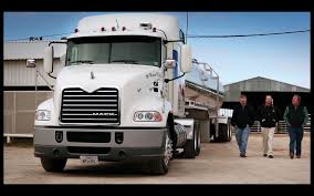 Mack Trucks Customer Success Story: Lone Star Milk Transport - YouTube