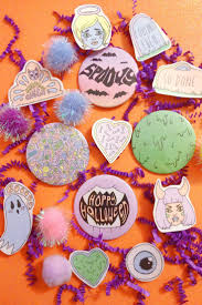 Dead Kennedys Halloween Tab by The 149 Best Images About Buttons On Pinterest Flying Saucer