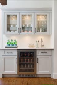 Patio Wet Bar Ideas by Best 25 Wet Bar Basement Ideas On Pinterest Basement Kitchen