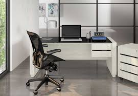 The 12 Best Office Chairs Under $300 | Improb Extra Wide 500 Lbs Capacity Leather Desk Chair W 28w Seat Rh Logic 400 Ergonomic Office From Posturite Melton High Back Mandaue Foam Lr5382 Modliving Mid Ribbed Italian Modernday Designs Milan Direct Ergohuman Plus Elite V2 Mesh Reviews Top 9 Best Brands Of The 2019 Markus Chair Glose Black Ikea Wendell Living Spaces Amazonbasics Black Amazonin Home Kitchen