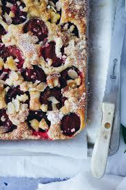 rezept einfacher zwetschgenkuchen pflaumenkuchen mit streuseln vom blech ohne hefe