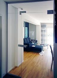 glasportal für hausflur als windfang oder raumteiler mit