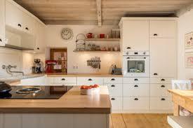 75 kleine landhausstil küchen ideen bilder april 2021