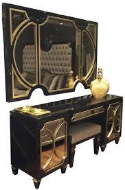 casa padrino luxus barock schlafzimmer set schwarz gold 1 wandspiegel 1 kommode 1 sitzhocker schlafzimmer möbel edel prunkvoll