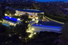 100 Holmby New Hills Estate On Street Where Walt Disney Lived Hits The