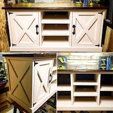This Rustic Farmhouse Style Media Console Is The Perfect Mix Of Modern And
