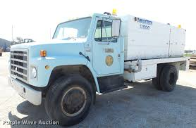 100 Sewer Truck 1984 International 1724 Sewer Jetter Truck Item EF9225 S
