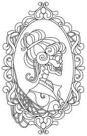 Hers Skeleton Cameo Design UTH11764 From UrbanThreads