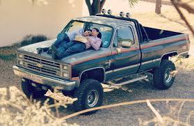 100 1987 Chevy Truck V10 Victor C LMC Life