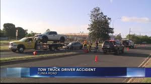 100 Tow Truck Honolulu Company Urges Drivers To Slow Down After Worker Critically