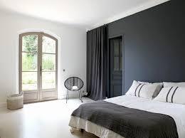 chambre avec tete de lit capitonn lit tete de lit capitonnée inspiration chambre adulte