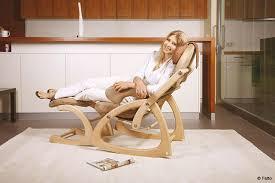 ergonomisch und gesund sitzen in ihrem wohnzimmer topateam