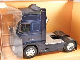 VOLVO FH12 TRUCK In Blue 1/32 Scale Model By WELLY Home Bargains Suphauler Diecast Model Car Trucks Colctable Jual Rc Truck Scania Surspeed Transformer Di Lapak Pin By Oli 28923 On Model Kits Pinterest Tamiya 300056327 R620 6x4 114 Electric Truck Kit 352 Semi 3d Cgtrader Builder Com David Murray Transport Exclusive Search Impex Models Amazing Wallpapers Plastic Youtube Rc Fmx Cab Assembly