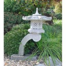 lanternes en granite lanterne granite type rankei 100 cm de