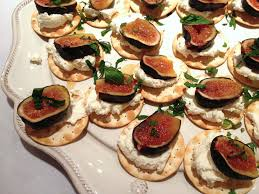 baked canapes fig and goat cheese canapés spicebox travels