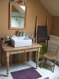 bureau recup bureau ancien patine détourné en meuble vasque de salle de bain