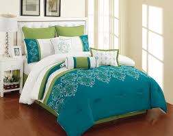 Luxury Bedroom with Queen Parksville Blue Green Ivory forter