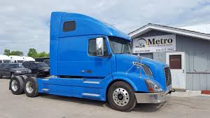 VOLVO Tractor Trucks For Sale - CommercialTruckTrader.com Semi Trucks For Sale Trailers Peterbilt Sioux Falls Home Page Rays Truck Sales 2012 Volvo Vnl Semi Truck Item K5759 Sold March 24 Truc Lrm Leasing No Credit Check Fancing Lvo Tractor For Cmialucktradercom 1990 378 Sleeper Sawyer Ks 1740 Cheap Winter Tires Buy Tiretruck Tire Tractors N Trailer Magazine Tesla Wikipedia I294 Alsip Il Used Semis Great Selection Our Heavy Duty In Calgary