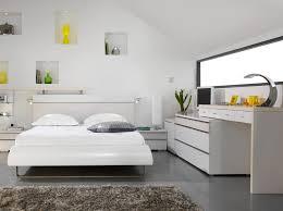 rangement de chambre meuble de rangement chambre à coucher urbantrott com