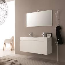 zusammensetzung des modernen und hängenden designs für das badezimmer mit spiegel sierra4