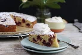 kirsch schmand kuchen schneller rührteigkuchen mrs flury