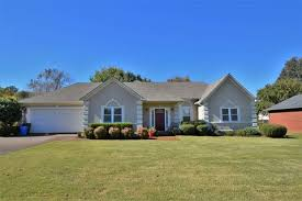 3 Bedroom Houses For Rent In Jackson Tn by Jackson Tn Real Estate Jackson Homes For Sale Realtor Com