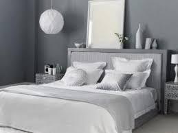 chambre grise et blanc inspiration du gris dans la chambre à coucher par lifestyle