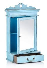 spiegelschrank vintage blau im luftigen landhaus look