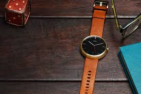 First Apple Watch mercial Moto 360 available through Moto