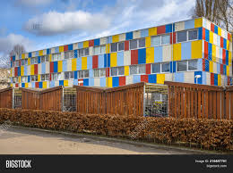 100 How To Buy Shipping Containers For Housing Student Image Photo Free Trial Bigstock