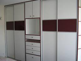 cuisine alu et bois placard aluminium chambre coucher avec cuisine modeles de placards