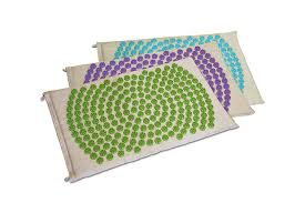 coussin ou tapis d acupression fleur de vie bleu vert violet