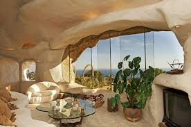 100 Dick Clark Estate Malibu Stenenhuiswoonkamer2 Earthships