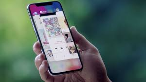 Apple vs Samsung How Does the iPhone X Stack Up Against the