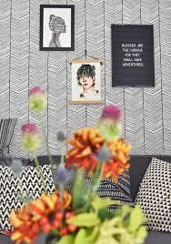 tipps zum mustertapeten kleben unser wohnzimmer makeover