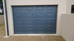 portillon et porte de garage gris anthracite solabaie le maître