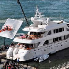 wolf of wall street yacht sank