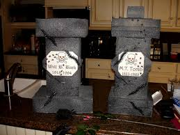 Diy Halloween Wood Tombstones by Four Easy Halloween Party Crafts Diy Inspired